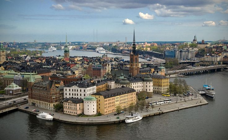 Got any burning questions about what it's like to live in Sweden? A new phone number has been set up that you can call it to talk to a random Swede.