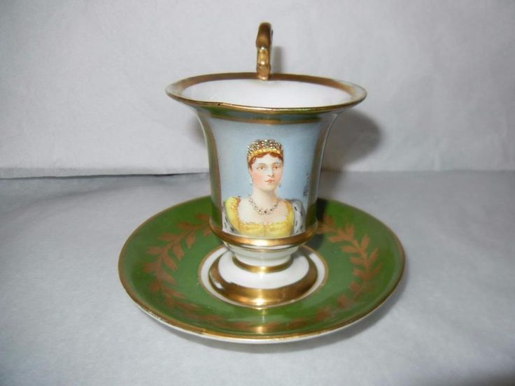ANTIQUE OLD PARIS SEVRES FRANCE HAND PAINTED CABINET CUP & SAUCER QUEEN SIGNED