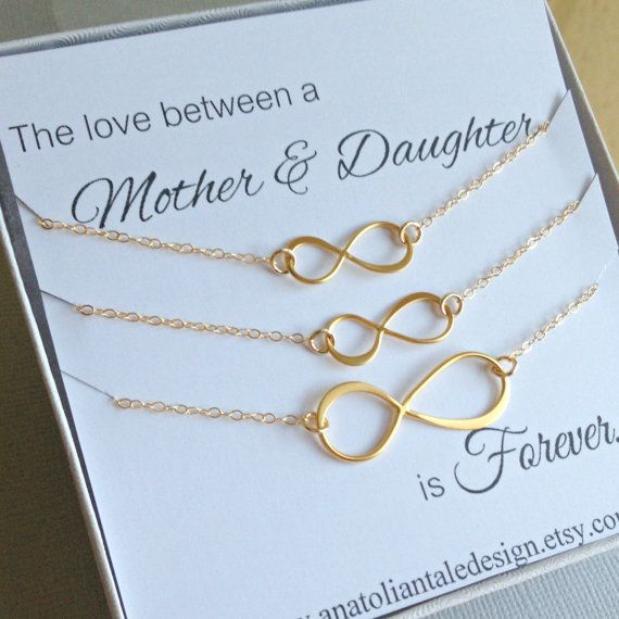 Mother- Two Daughters Infinity Necklaces Set..    Perfect Gift For Christmas..    This listing is for 1 mother and 2 daughters infinity