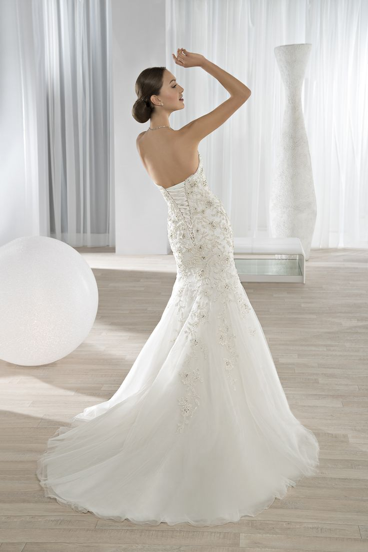 Guava wedding dresses   best Wedding dresses images on Pinterest  Wedding frocks