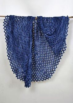 P 57: Lunar Eclipse Cape - free crochet pdf pattern at Vinnis Colours Patterns