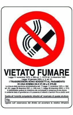 CARTELLO SEGNALE VIETATO FUMARE MM. 300 X 200 https://www.chiaradecaria.it/it/targhette-segnaletiche/3609-cartello-segnale-vietato-fumare-mm-300-x-200-8000000154088.html