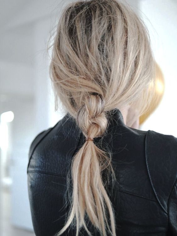 Low ponytail braid. Love this look!