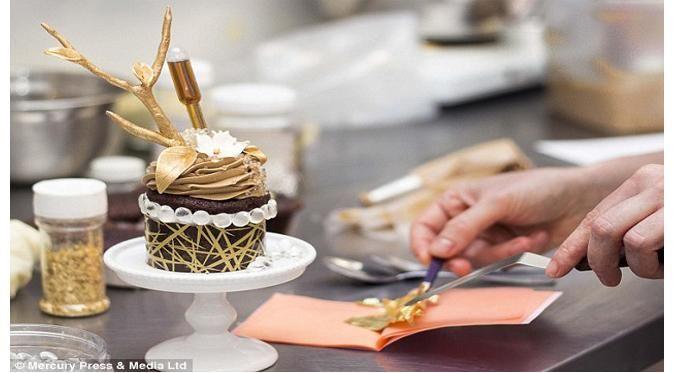 Cupcake buatan Bakery Le Dolci berhiaskan berlian.