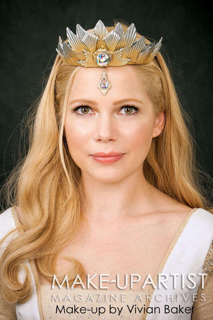 Michelle Wiliams as Glinda in Oz The Great and Powerful.  Make-up by Vivian Baker.