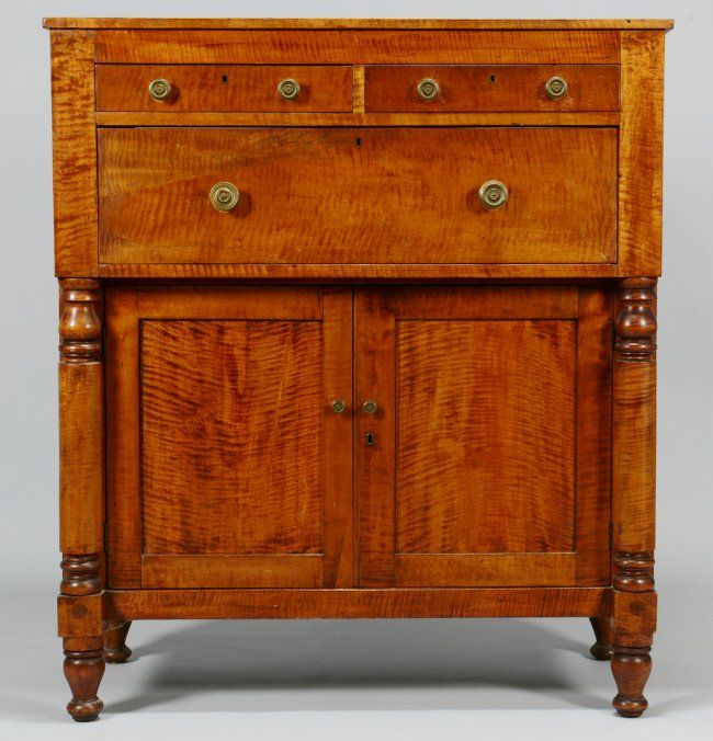 Tiger Maple Chest / Sideboard : Lot 714
