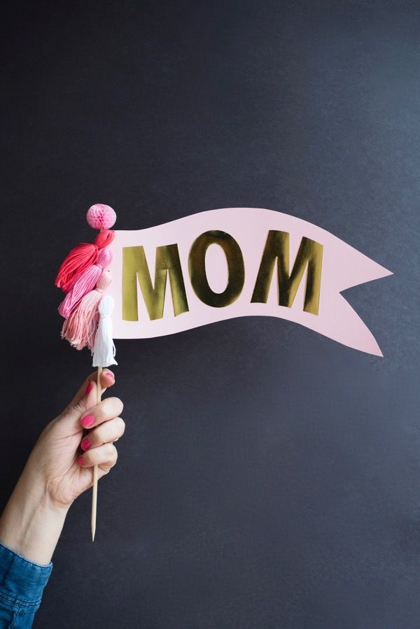Oversize Mom Cake Topper DIY   Oh Happy Day! – Partytime Excellent – #cake #day …