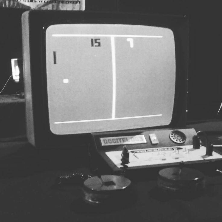 On instagram by lakyor #retrogaming #microhobbit (o) http://ift.tt/1KULnsj  #pong
