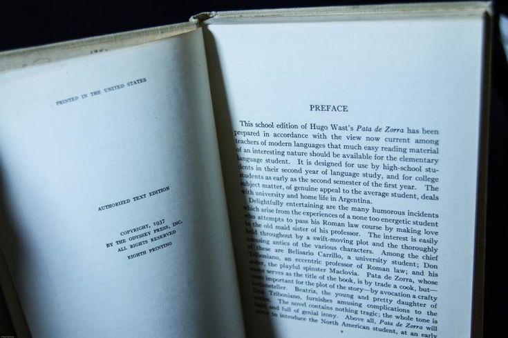 1937 Pata de Zorra Hardcover book by Hugo Wast PATA DE ZORRA, Hugo Wast, The Odyssey Press, 1937 Antique book