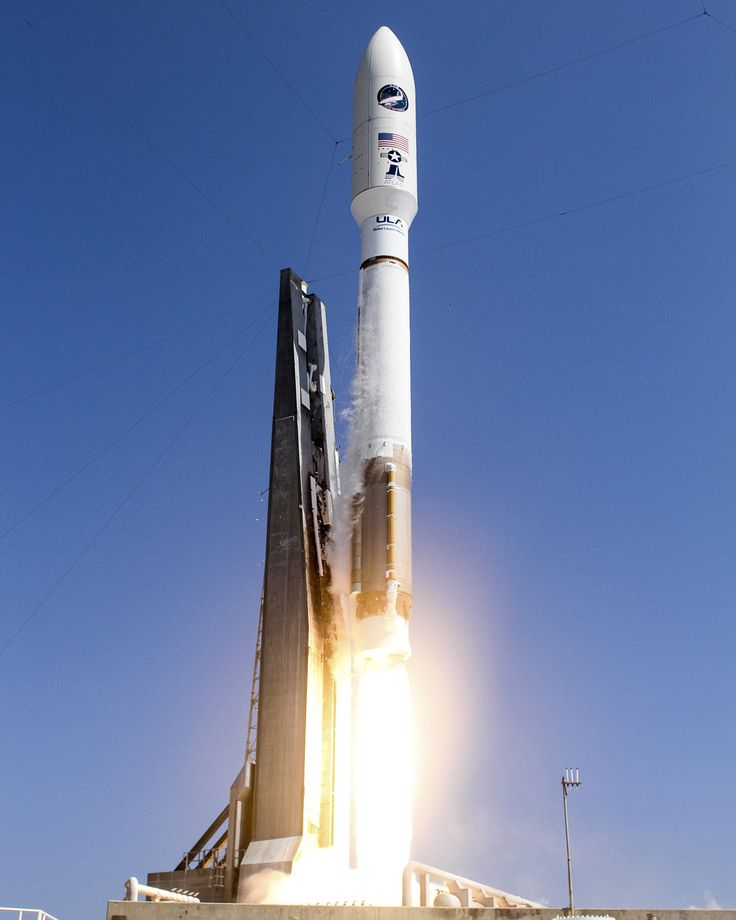 X-37B Air Force Space Plane Launches on 4th Mystery Military Mission and Solar Sailing Test