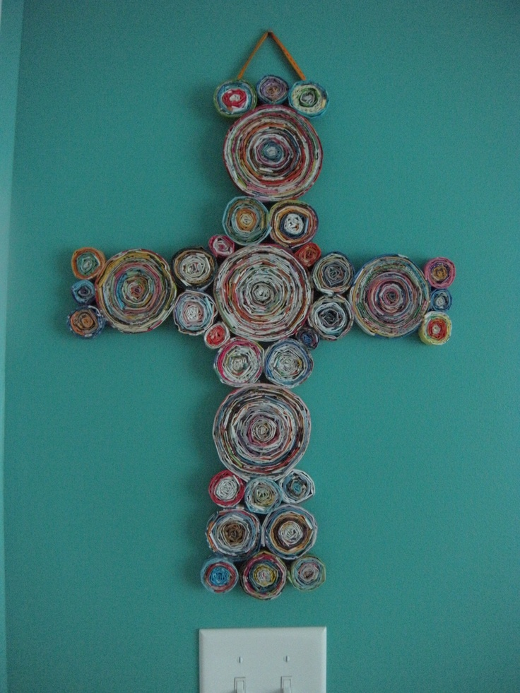 I pinned it and I did it! My own version of a rolled up magazine cross :)