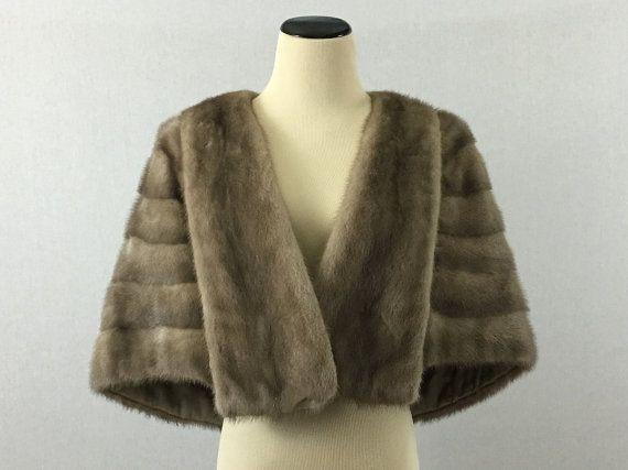 Cape de vison Silver années 50 gris manteau par TheBirdcageVintage