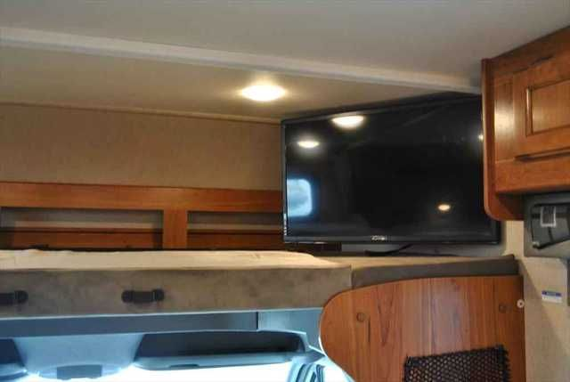 2016 New Jayco Melbourne 24 K mercedes sprinter Class B in Arkansas AR.Recreational Vehicle, rv, 2016 Jayco Melbourne 24 K mercedes sprinter, WOW! This folks is a 2016 Melbourne 24K on a Mercedes Sprinter chassis. Thats right its powered by Mercedes diesel engine with a diesel 3200KW generator. It has 2 slides that really opens up the coach. It has a bunk over the drivers seat and tv that swings out so you miss any of your favorite shows. It also has backup camera, black tank…