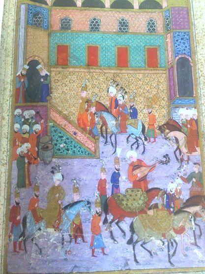 Şehzade Bayezit ve Selim,İbrahim Paşa sarayına girerken.Şehzade Mustafa,Selim ve Bayezit'in sünnet merasimi.Altın yaldızlı kaftanı olan,Şehzade Mustafa;En öndeki saraya giren şehzadeler Selim ve Bayezit.