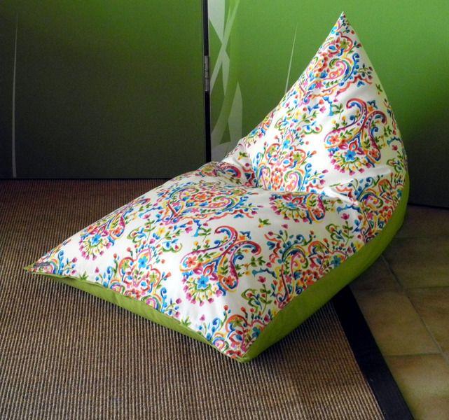 *SITZSACK BUNTE ORNAMENTE*  Dieser Sitzsack ist das Highlight in jedem Kinderzimmer! Hierauf läßt es sich wunderbar sitzen, liegen, träumen, lesen, chillen und auch toben:-)  Der abnehmbare...