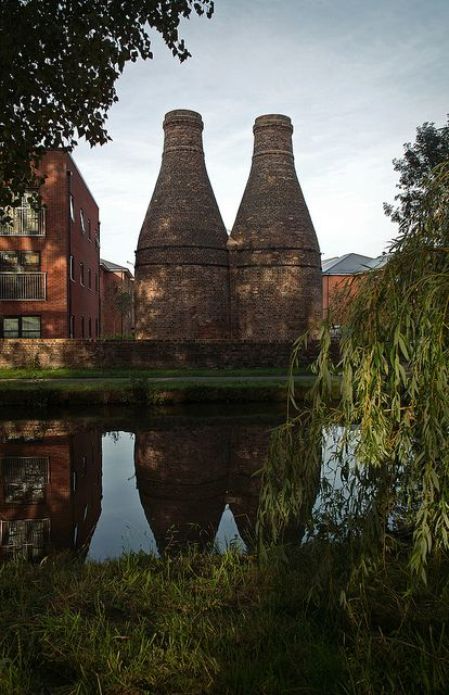 Lock 38 & Bottle Kilns, on the Trent & Mersey canal and national cycle-path. | Flickr - Photo Sharing!