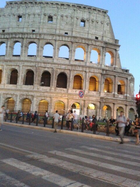 Coliseo al atardecer