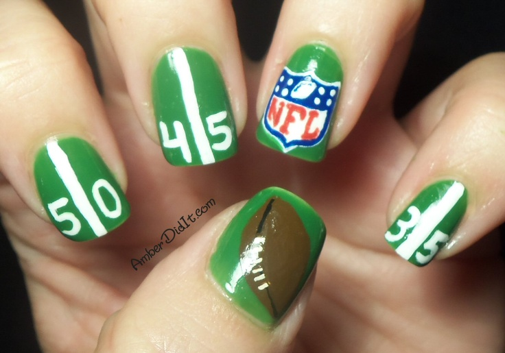Amber did it!: Are You Ready For Some Football?: Football Seasons, Nails Art, Bowls Nails, Nfl Nails, Rings Fingers, Super Bowls, Football Nails, Green Nails, Nails Swag