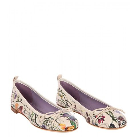 Gucci Cream 'Flora' Leather Ballet Flats - a little white instead of the gold trim on mine! Love!