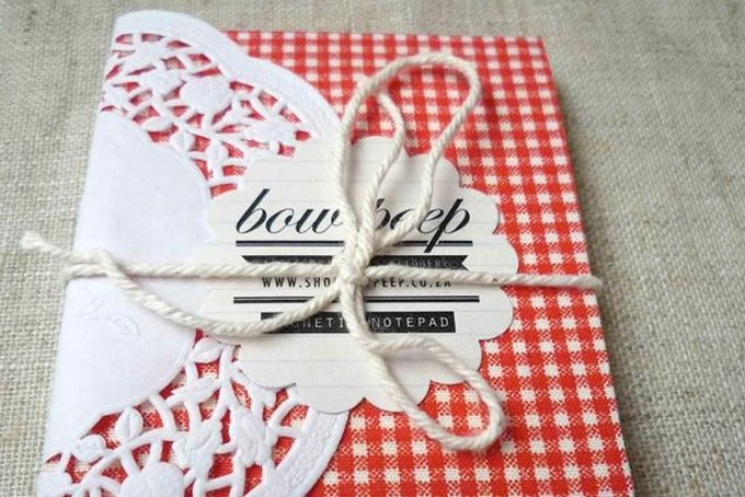 Magnetic Note Pad Red and White by Bow Peep on hellopretty.co.za