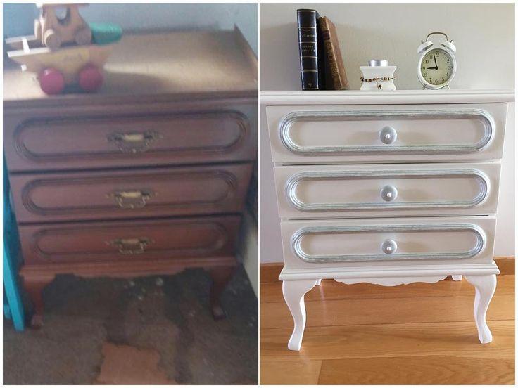 "#mesilla restaurada y pintada con #chalkpaint . . . #restauracion #restauration #decoracion…"""