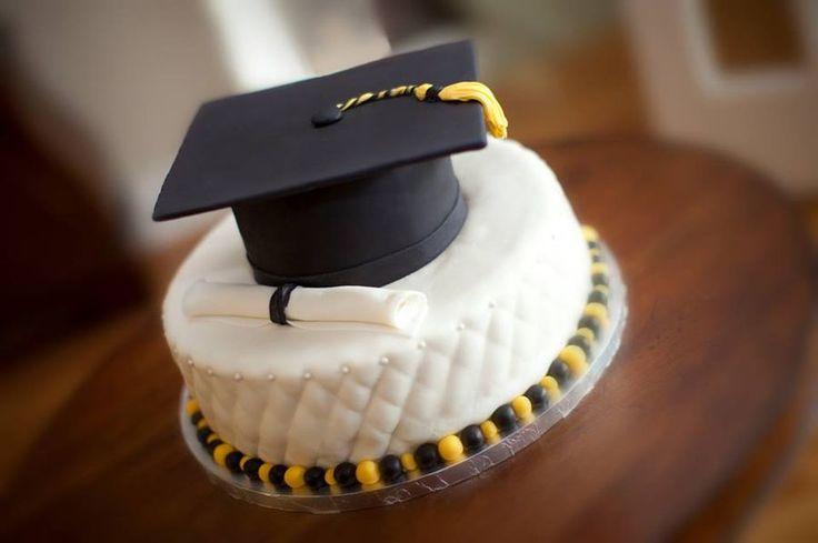 kindergarten graduation cake?