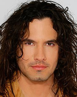 Great Actor. Played Juan Reyes on Pasion de Gavilanes.  Great soap.