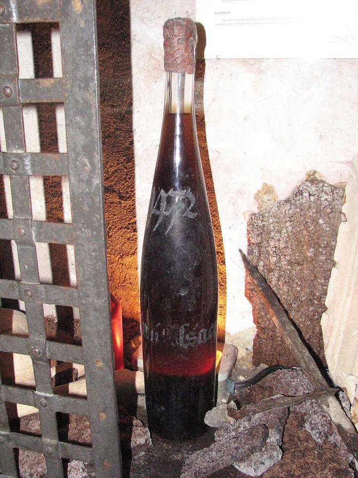 Vin issu d'un fut daté de 1472,Cave historique des hospices de Strasbourg. France / Medieval / Wine / oldest