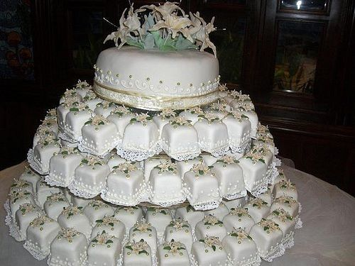 72 best tortas de bodas images on Pinterest Cake wedding, Petit - bodas sencillas