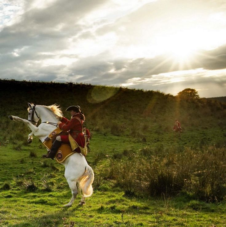 THE show's producers, cast members and crew have provided a number of behind the scenes pictures to keep fans updated with the goings-on in Outlander.