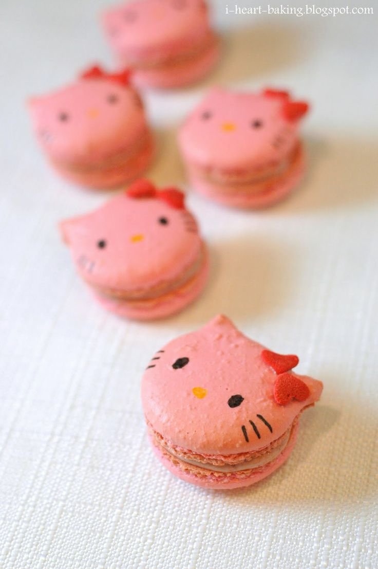i heart baking!: rhubarb hello kitty macaronsFun Recipe, Cake Ball, Hello Kitty Cake, Sweets, Hello Kitty Cookies, Kitty Macarons, Food, Hellokitty, Kitty Macaroons