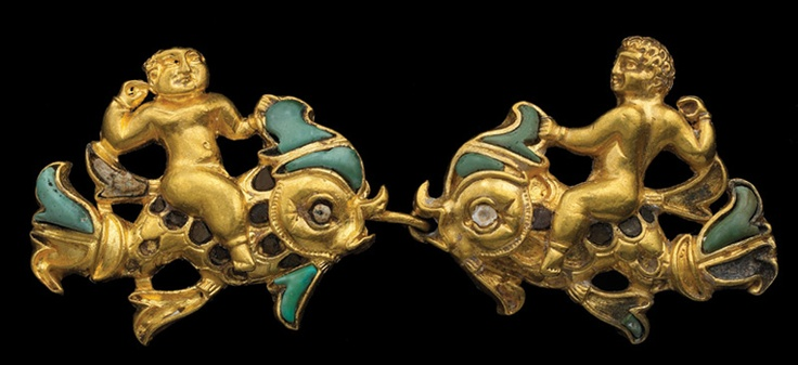 The Bactrian Hoard Is Back   Archaeology   DISCOVER Magazine. People riding fish inlaid with semiprecious stonesAncient Jewelry, Antiques Jewelry, Afghanistan, Tillia Tepee, Afghans Artifacts, Tomb Iii, 1St Century, Tillya Tepee, Gold