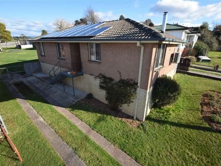 22 Gay Street Deloraine Tas 7304 - House for Rent #419417554 - realestate.com.au