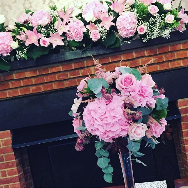 Pretty and pink for Claire and Stephen @tylneyhallgardens #moutanflowers #weddingflowers #pink #hydrangea #roses #hampshire