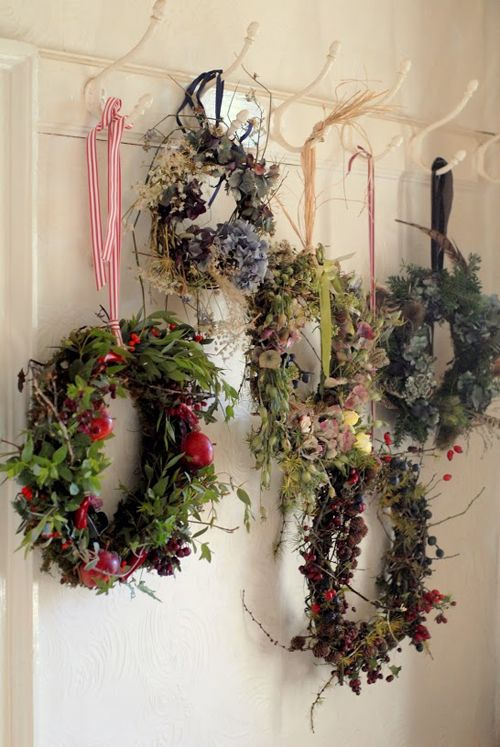 25 Best Ideas About Wreath Storage On Pinterest Storage