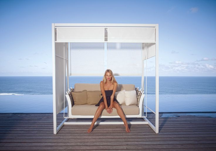 #Stylish #outdoor #Swing from Fiore Rosso Skyline Collection.  http://www.fiore-rosso.com/products/olivia-swing/  #OutdoorLiving #OutdoorFurniture #UAE #ABUDHABI #CreativeLiving #Doha #Saudi #Oman #furniture #FioreRosso