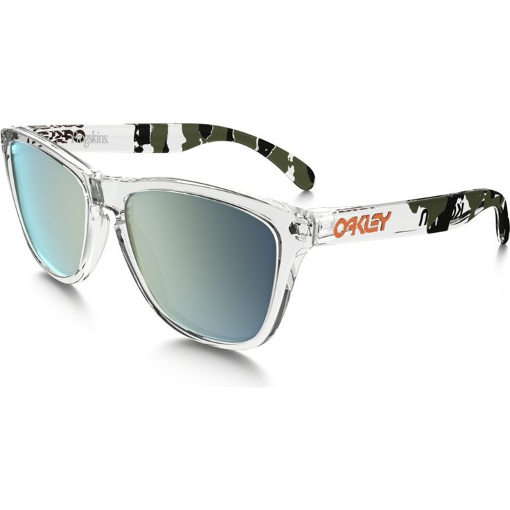 Oakley applies modern technology to their classic Frogskins to craft this pair of Clear Camo Sunglasses. Fixed with Emerald Iridium lenses, these sunglasses feature Plutonite lenses for top UV protect