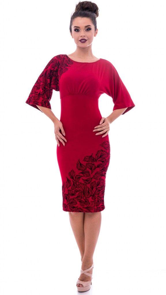 Rochie roșie cu detalii negre