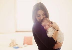10 razones por las que el primer año como mamá es el más difícil - https://www.somosmamas.com.ar/maternidad/razones-por-las-que-el-primer-ano-como-mama-siempre-sera-el-mas-dificil/ Ya sea que te encuentres en la dulce espera de tu primer bebé o tengas ya a tu pequeño en casa, el primer año de maternidad siempre será el más difícil y desafiante. Y es que los cambios en la rutina, las nuevas obligaciones y el cuidado de un ser tan pequeño y vulnerable, es una experie