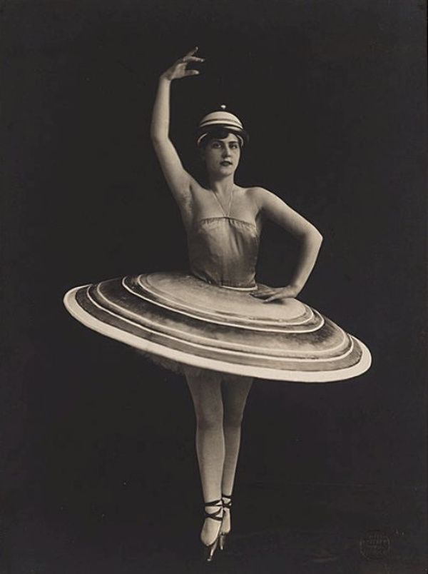 Daisy Spies as a dancer in Oskar Schlemmer's Triadic Ballet, 1926