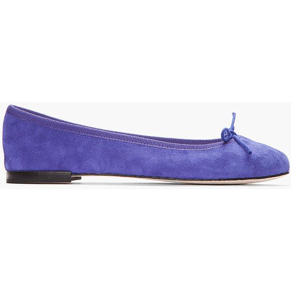 REPETTO Indigo Suede Cendrillon Flats (535 RON) ❤ liked on Polyvore featuring shoes, flats, sapatos, chaussures, low profile shoes, round toe flat shoes, indigo shoes, leather sole shoes and round toe shoes