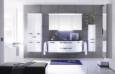 Solitaire •• Spiegelschrank mit Kranz und LED-Beleuchtung, Mineralmarmor-Waschtisch und Unterschrank mit Kosmetikeinsatz, Breite ca. 155 cm. #Badezimmer #Badmöbel #Möbel #Spiegel http://www.muellerland.de/sortiment/produkt/badmoebel-14/
