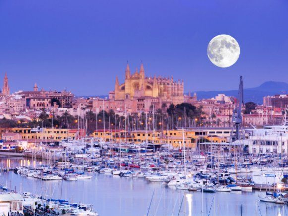 "Palma de Mallorca has topped a Sunday Times list of ""the best places to live"" beating destinations across the world with its ""picturesque old town"", ""fancy shops"" and ""slow-paced charm"".     We offer the best Loft & Historic Apartments in Palma de Mallorca"