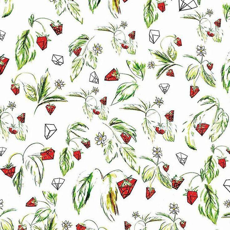 """grafika z katalogu """"Kwiaty i rośliny"""" - Truskawki  http://cottonbee.pl/tkaniny/kwiaty-rosliny/5574-truskawki.html"""