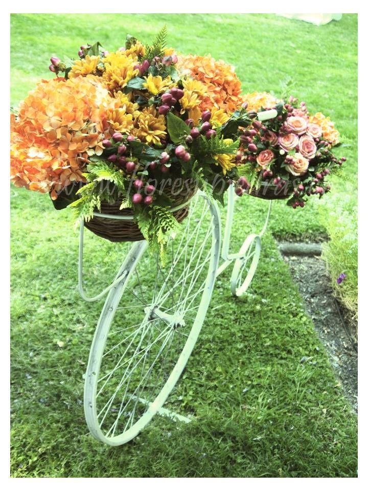 Bicicleta con flores Diseño Flores y Piedras www.floresypiedras.cl