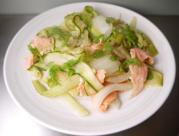 5:2 Warm Salad of Fennel, Smoked Salmon and Courgetti