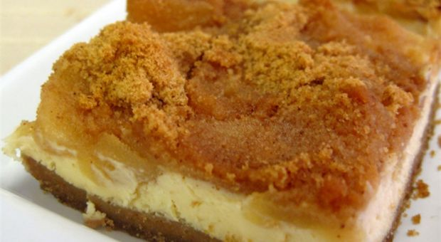 Εκπληκτική μηλόπιτα cheesecake!!!   ingossip.gr