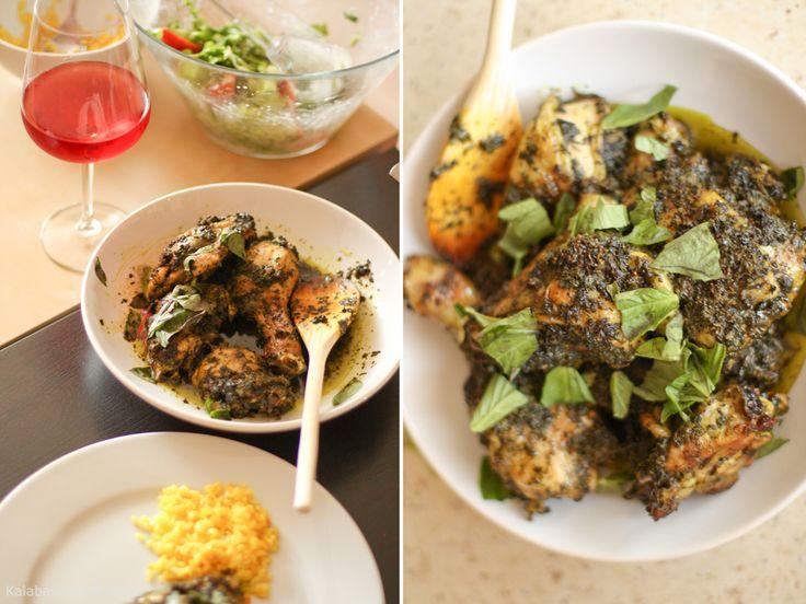 Курица с эстрагоном, базиликом и петрушкой