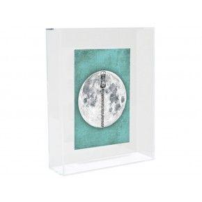 Acrylic kunstframe moon € 24,95 http://www.zusenzowonen.nl/wanddecoratie/muurdecoratie/hk-living-acrylic-kunstframe-moon