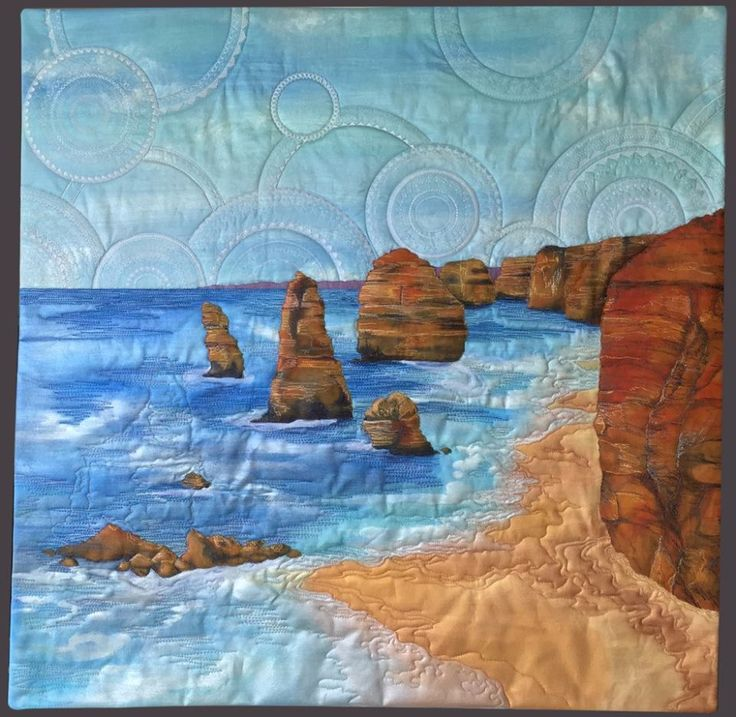 Victorian quilter, Neroli Henderson has made the iconic Twelve Apostles the focus of a very special quilt set to go on show at the Australasian Quilt Convention (AQC) this week. Check out the full post on 12 Apostles Facebook page. #apollobay #12apostles